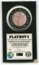 2004 PLAYBOY MAGAZINE PLAYMATE MEDALHA selada-Miss JULY