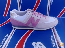 SAPATILHAS NEW BALANCE 574 CLASSIC - BEGE / ROSA
