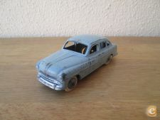 Dinky Toys nº 24 X - Ford Vedette - 1954