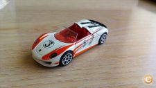 MAJORETTE RACING - PORSCHE 918 SPIDER    1/57  LOOSE