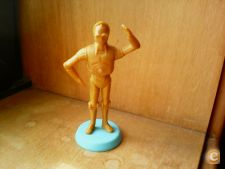 STAR WARS - C 3 PO - FIGURA COM BASE