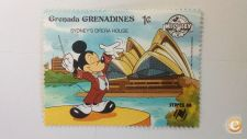 GRENADA GRENADINES - SCOTT 998   ( DISNEY )