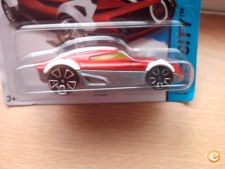 2015 HOT WHEELS - MR11     *NOVO*