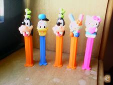 PEZ - DISNEY / HELLO KITTY