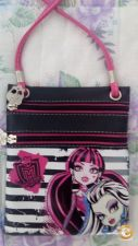 Mala Monster High pequena