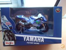 MAISTO MOTOS - YAMAHA FACTORY RACING 99  1/18      *NOVO*