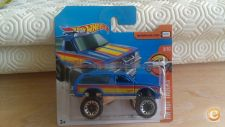 2017 HOT WHEELS - CHEVY BLAZER 4X4         *NOVO*