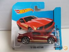 2014 Hot Wheels   095. `07 Ford Mustang