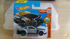 2016 HOT WHEELS - 2005 FORD MUSTANG         *NOVO*