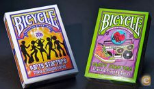 Set de 2 Baralhos Bicycle 70´s and 80´s Deckades Party Start