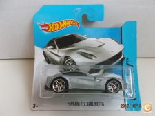 2014 Hot Wheels    031-1. Ferrari F12 Berlinetta