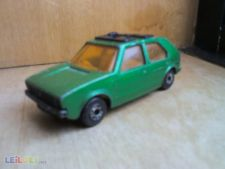 VW GOLF - LESNEY