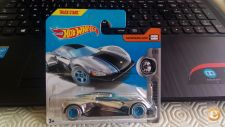 2017 HOT WHEELS - CRESCENDO            NOVO