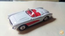 WELLY NEX - 1967 CORVETTE    BRANCO    1/64 APROX. NOVO